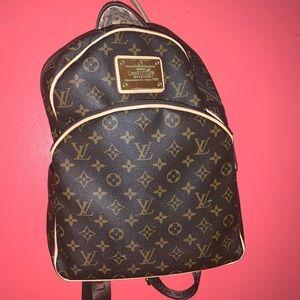 Lv back pack
